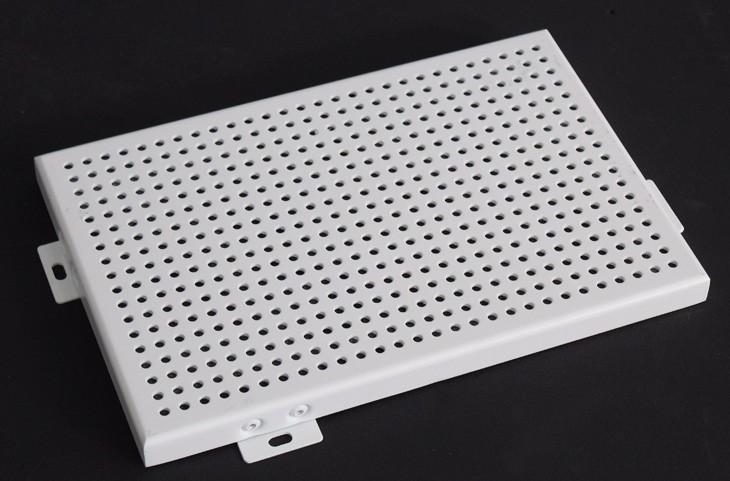 铝单板厂家在加工铝单板的时候应该注意什么